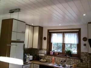 Plafond de cuisine lamé avec spots integrés